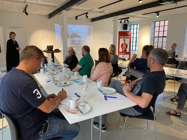 Netværksmøde i ErhvervSyd om markedsføring og SoMe på Højer Designefterskole